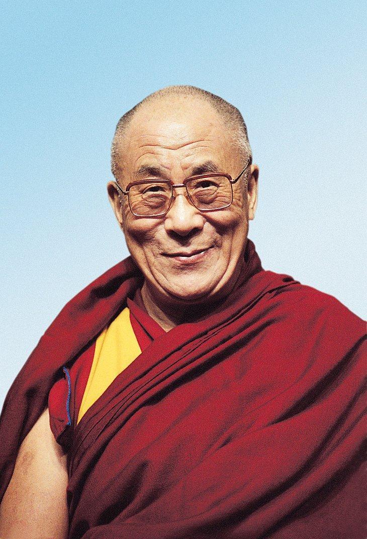 Срединный путь Далай-ламы XIV