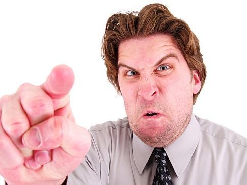 Негативные модели поведения начальника по отношению к подчиненному